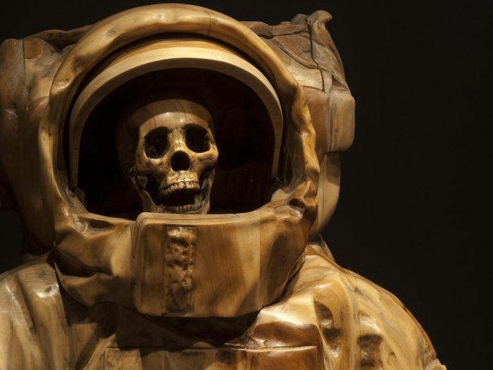Image of sculpture Dead Astronaut.